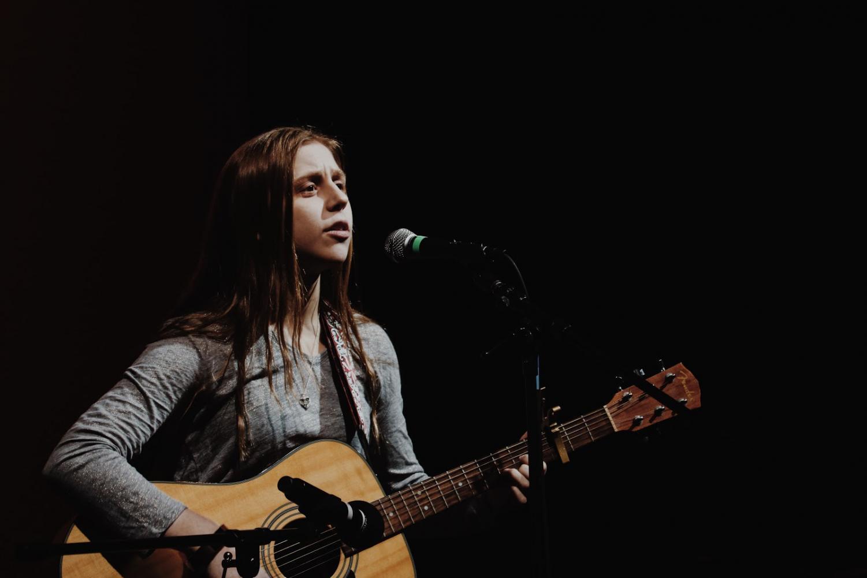 Iris Archer Singing at Cherokee Idol