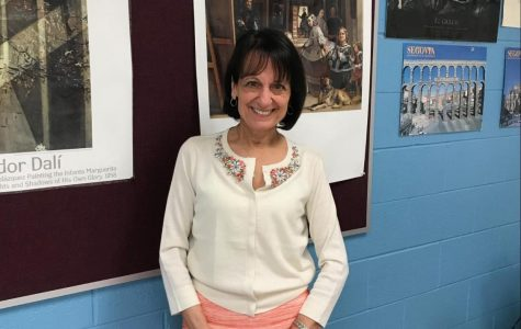 Mrs. Gallombardo, Spanish